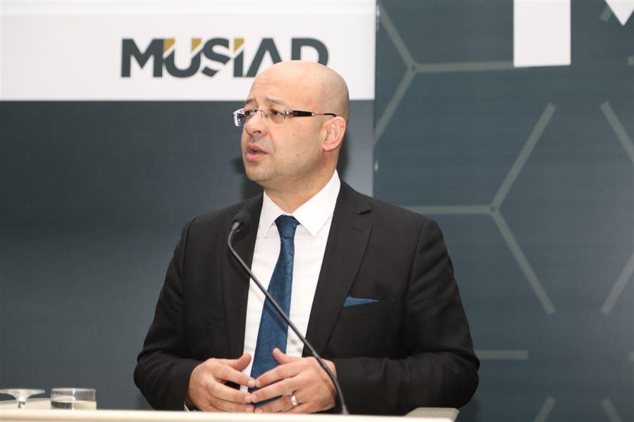 Helal Akreditasyon Kurumu Yönetim Kurulu Başkanı Zafer Soylu, Turizmde Yeni Trendler Çalıştayı'na Katıldı